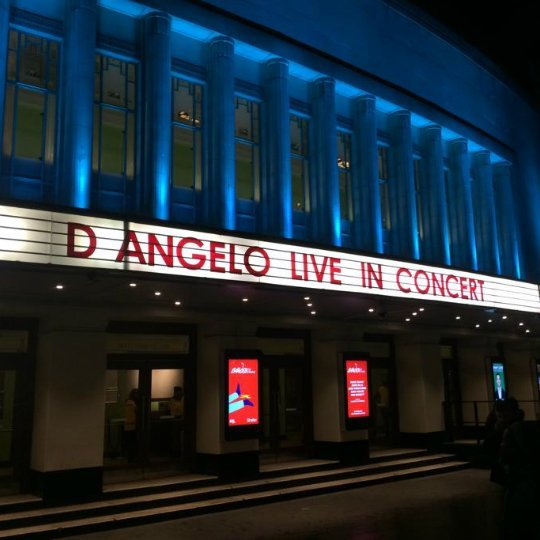 Live Review: D'Angelo and The Vanguard at the Hammersmith Apollo